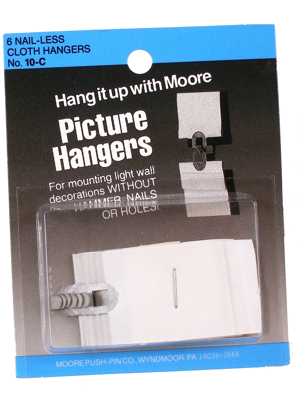 Moore Nail-less Cloth Picture Hangers | MisterArt.com