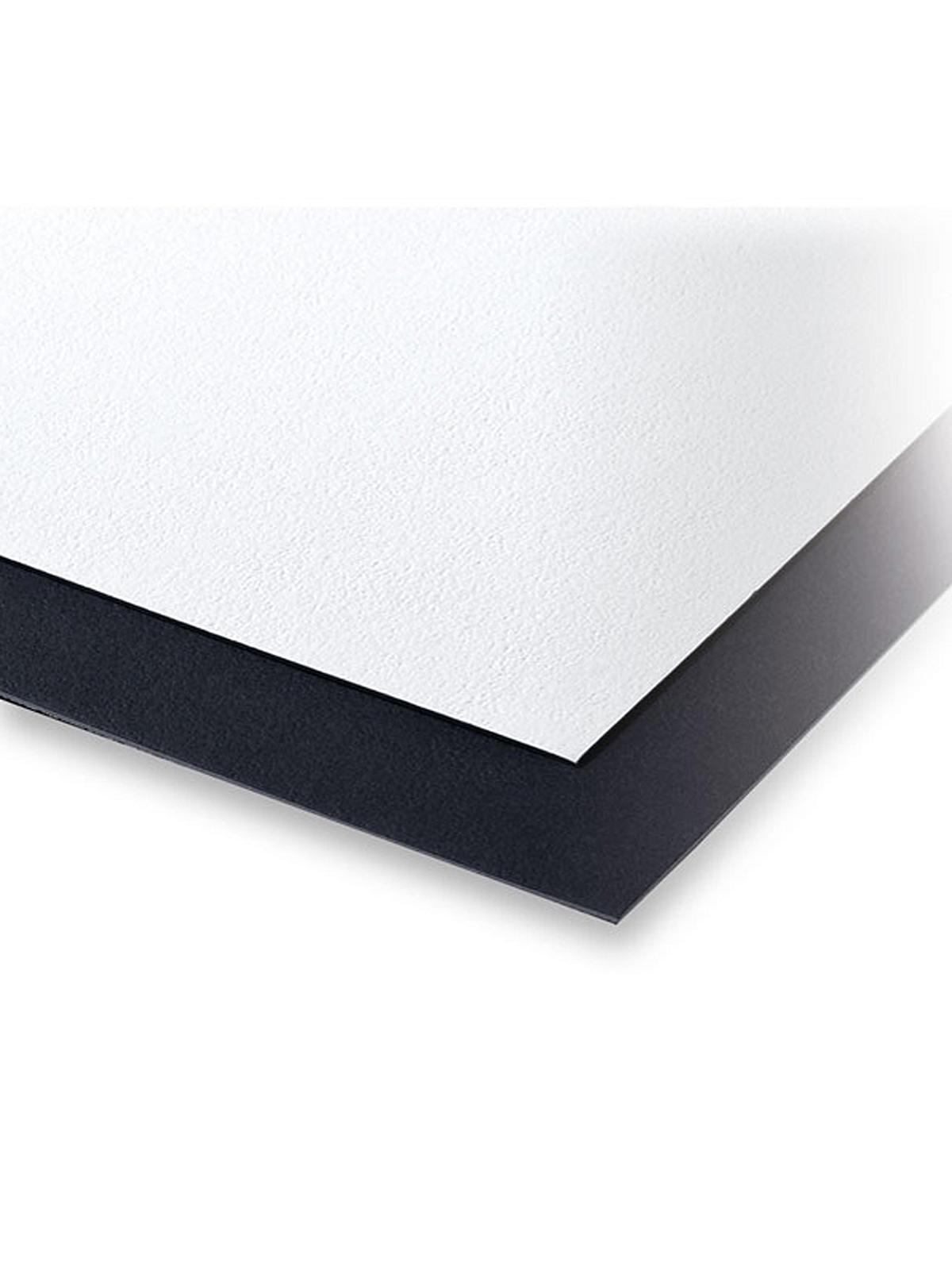 Pebble Board Black White