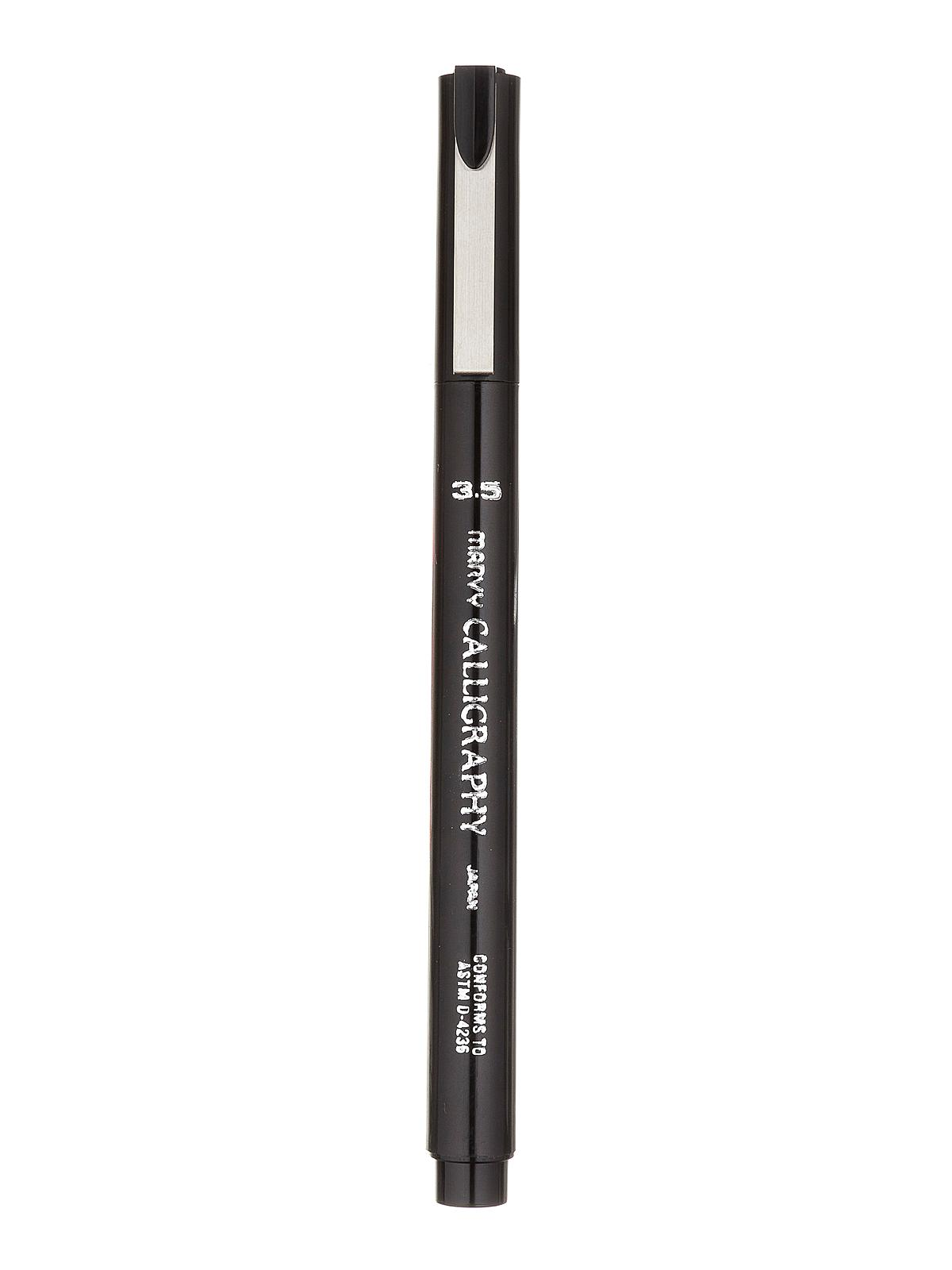 Medium Point Black 3.5mm Uchida Calligraphy Marker 6000MS-1